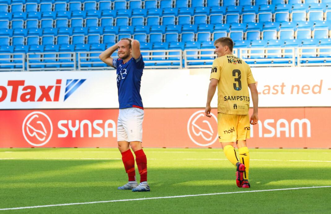 Bård Finne fortviler etter å ha misset en kjempesjanse.