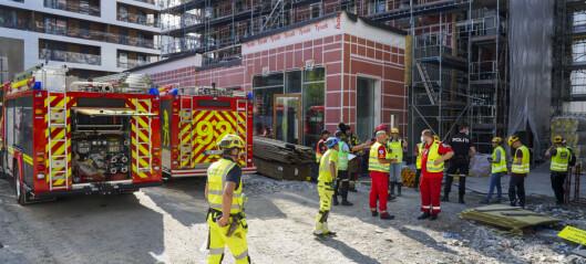 Røykutvikling etter mulig eksplosjon i bygg under oppføring i Bjørvika
