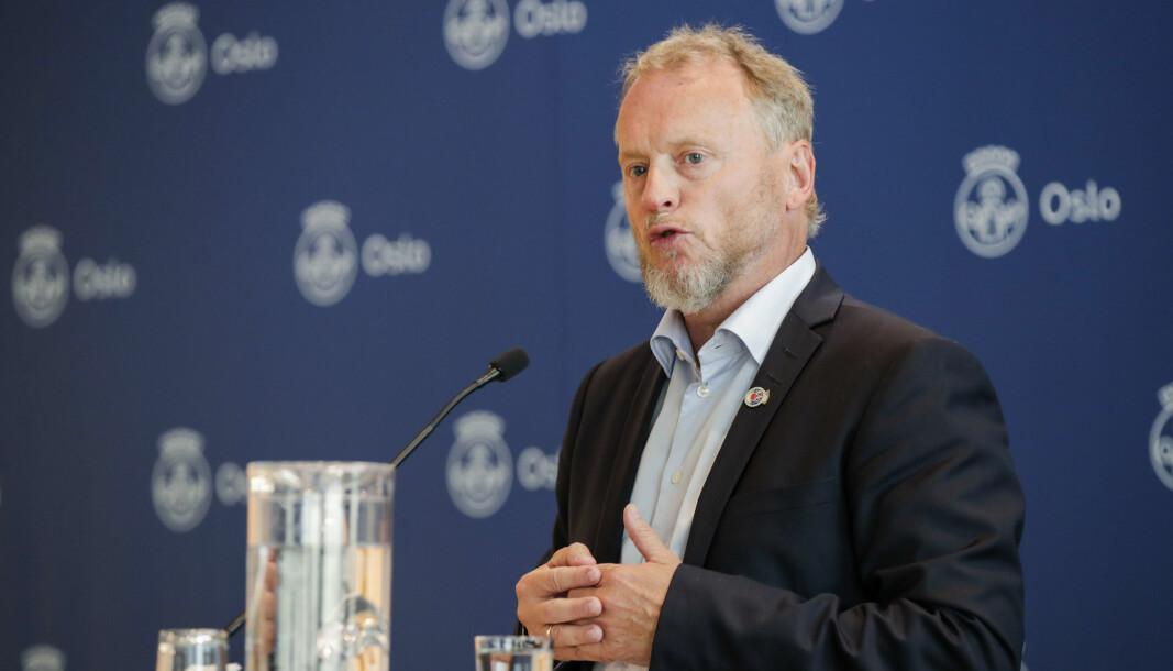 Byrådsleder Raymond Johansen under en pressekonferanse i Oslo rådhus om koronasituasjonen i Oslo.