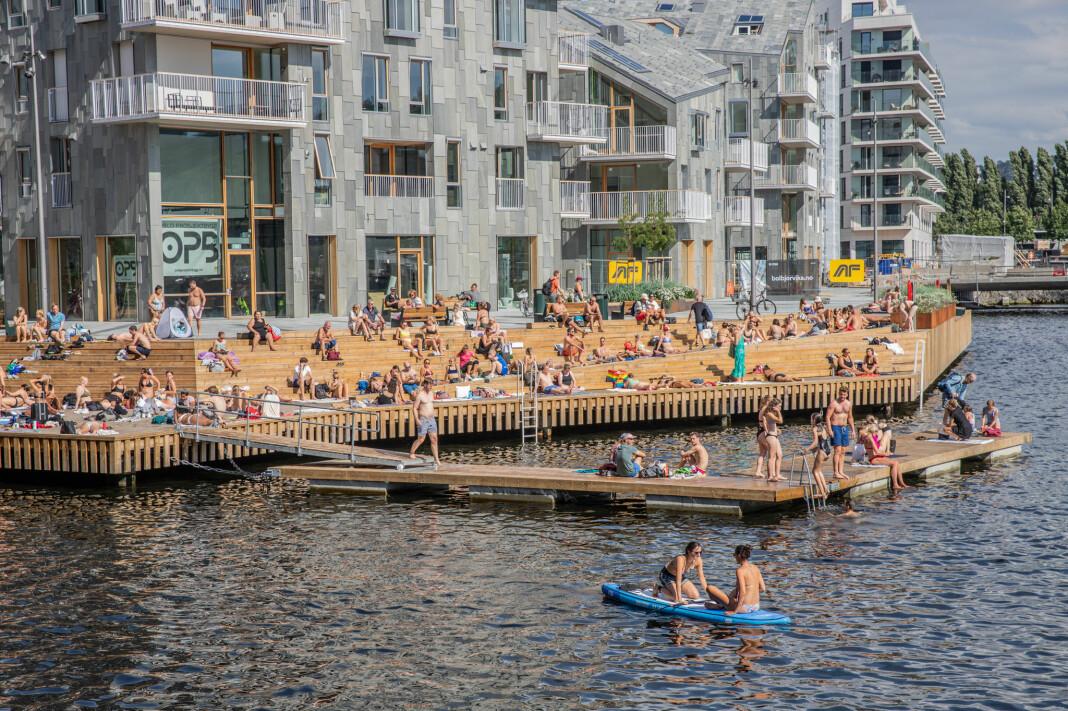 Langt fra alle ungdommer i Oslo kan svømme - og blir derfor ekskludert fra mange av de mulighetene fjordbyen tilbyr.