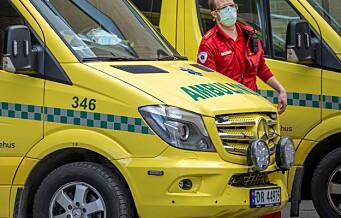 En person fastklemt etter trafikkulykke på Klemetsrud