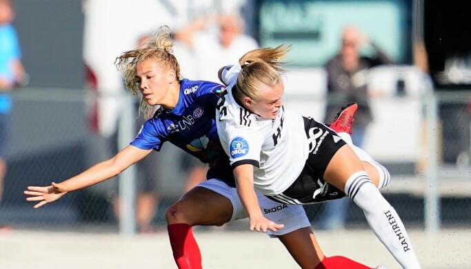 Mye dueller og så store sjanser preget søndagens kamp mellom Rosenborg og Vålerenga. Her er Cein Bizet Ildushøy i duell med Rosenborgs Elin Sørum.