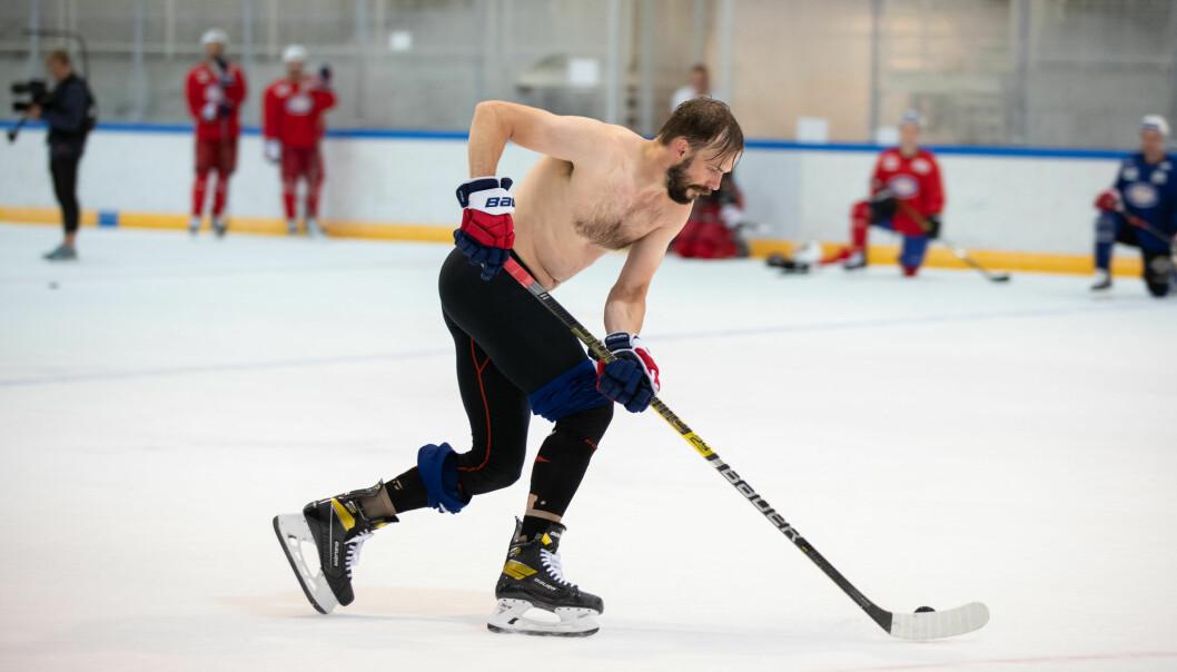 Villiam Strøm markerte seg i årets utgave av strippestraffene til Vålerenga hockey.