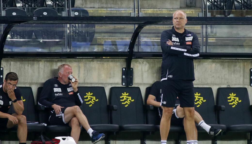 — Vi er et klart bedre fotball-lag enn Start, men taper likevel, sier Dag-Eilev Fagermo.