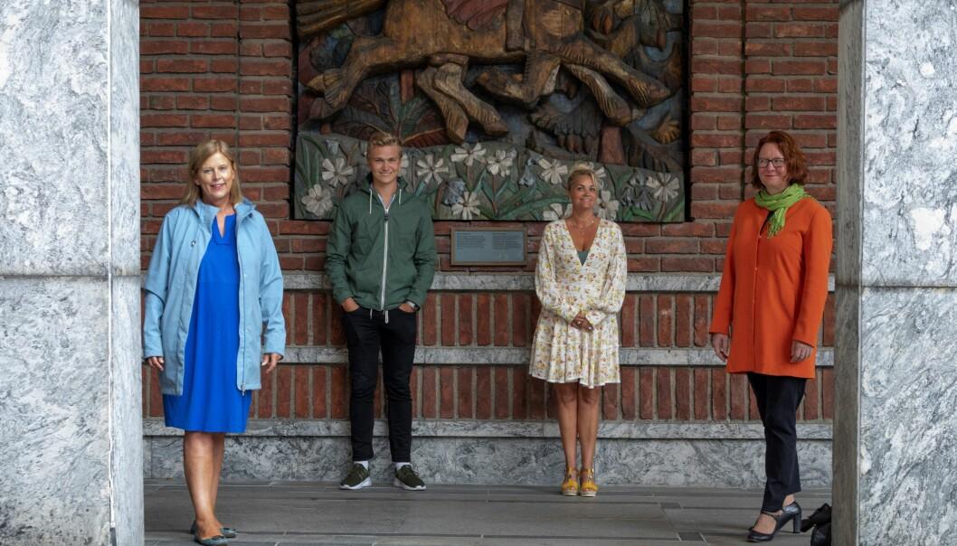 Samlet mot sykkelvei i Gyldenløves gate. Fra venstre; Camilla Wilhelmsen (Frp), Nicolai Øyen Langfeldt (H), Cecilie Lyngby (FNB) og Bjørg Sandkjær (Sp).