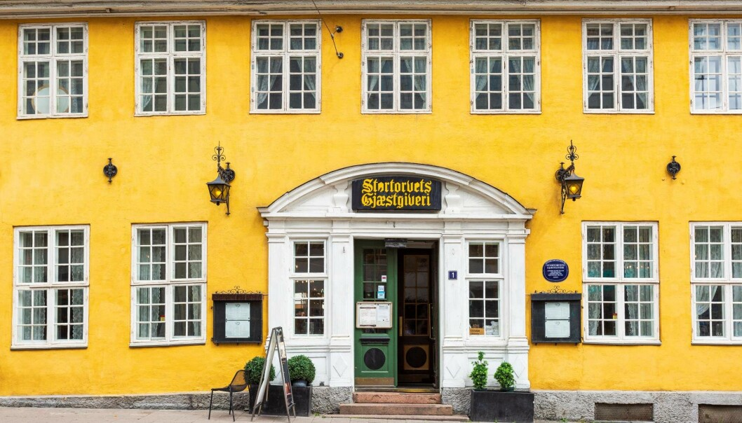 Stortorvets Gjæstgiveri har en sjarmerende fasade.