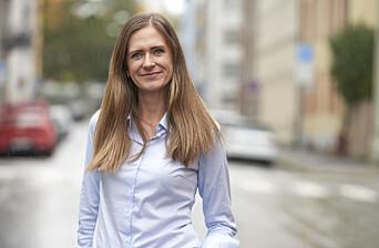Stine Berg, daglig leder i RSV eiendom, avviser at leiligheten var skadet av fukt og mugg. Hun mener også at leietakerne hadde en god tone med henne og utleiefirmaet.