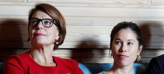Lan Marie Berg (MDG) grilles om brudd på arbeidstids-bestemmelser i direktesendt høring fredag