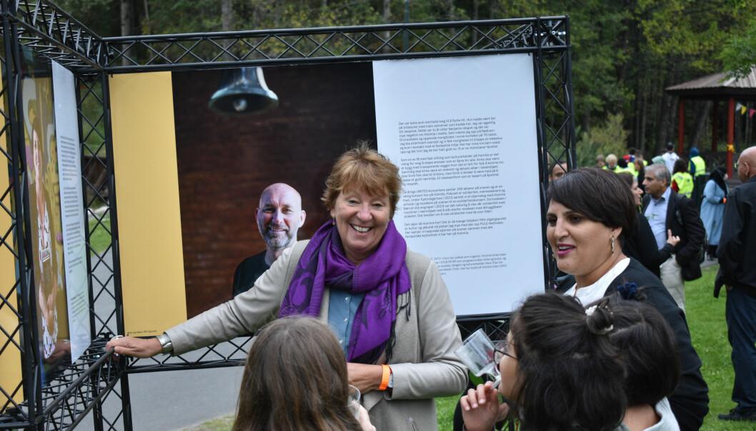 Ordfører Marianne Borgen (SV) åpnet utstillingen #HOMElia.