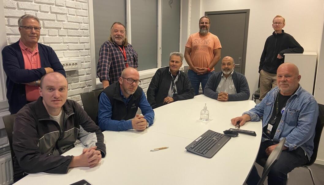 Årets forhandlingsutvalg i Oslo Sporveiers arbeiderforening. Til høyre: Leder Rune Aasen.