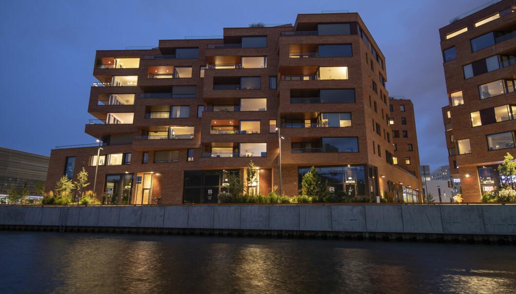 Bjørvika i Oslo har i løpet av kort tid blitt et nytt og aktivt oppholdssted i byen. Byggene ved Munch brygge er et av årets finalister til arkitekturprisen.