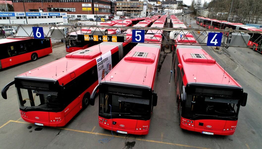 3.800 bussjåfører på Østlandet kan bli tatt ut i streik fra søndag.