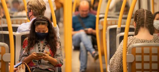 Fortsatt anbefaling om munnbind på buss og tog i Oslo-området