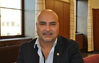 Bystyrerepresentant Danny Chaudhry mener svindel-tiltalen mot ham er en misforståelse