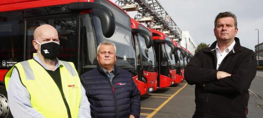 LO-sjefen møtte Oslos streikende bussjåfører: - De har over år blitt hengende etter lønnsmessig