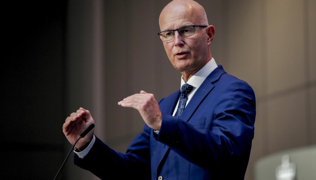 Bjørn Guldvog og Helsedirektoratet vil ha kraftigere smitteverntiltak i Oslo.