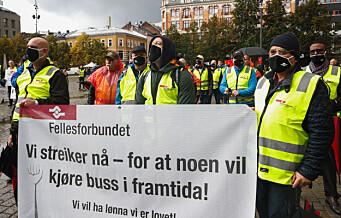 Alle partene i busskonflikten møter hos Riksmekleren onsdag
