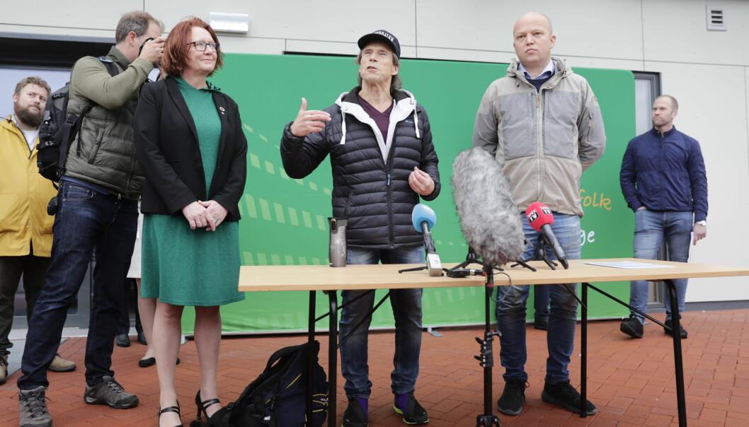 Jan Bøhler kunngjorde torsdag at han går fra Arbeiderpartiet til Senterpartiet.
