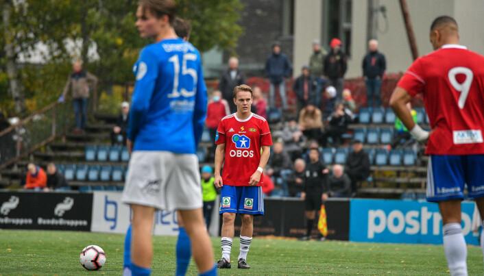 Henning Tønsberg Andresen sikter inn skuddfoten før 2-1 målet.