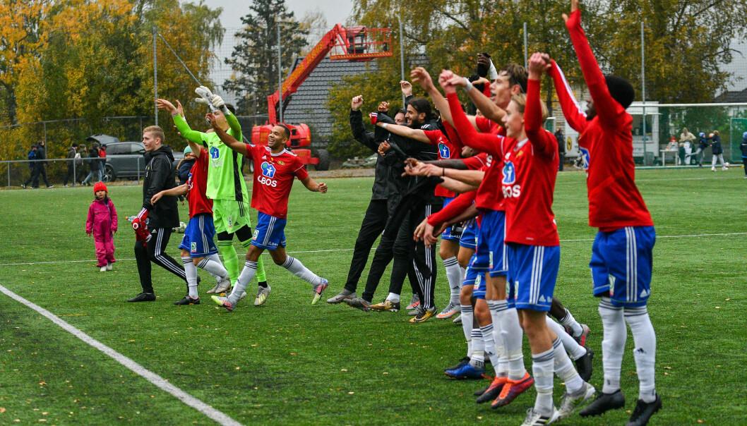 Skeid jubler etter seier over Kjelsås. Det har vært adskillig mer jubel i år enn i fjor, da laget rykket ned fra OBOS-ligaen. Nå øyner de et lite håp om en retur til nivå to i Norge.