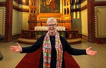 Siri Sunde nektet å velge mellom kirken og kjærligheten. Her er historien om Norges og Sagenes første samlevende lesbiske prest