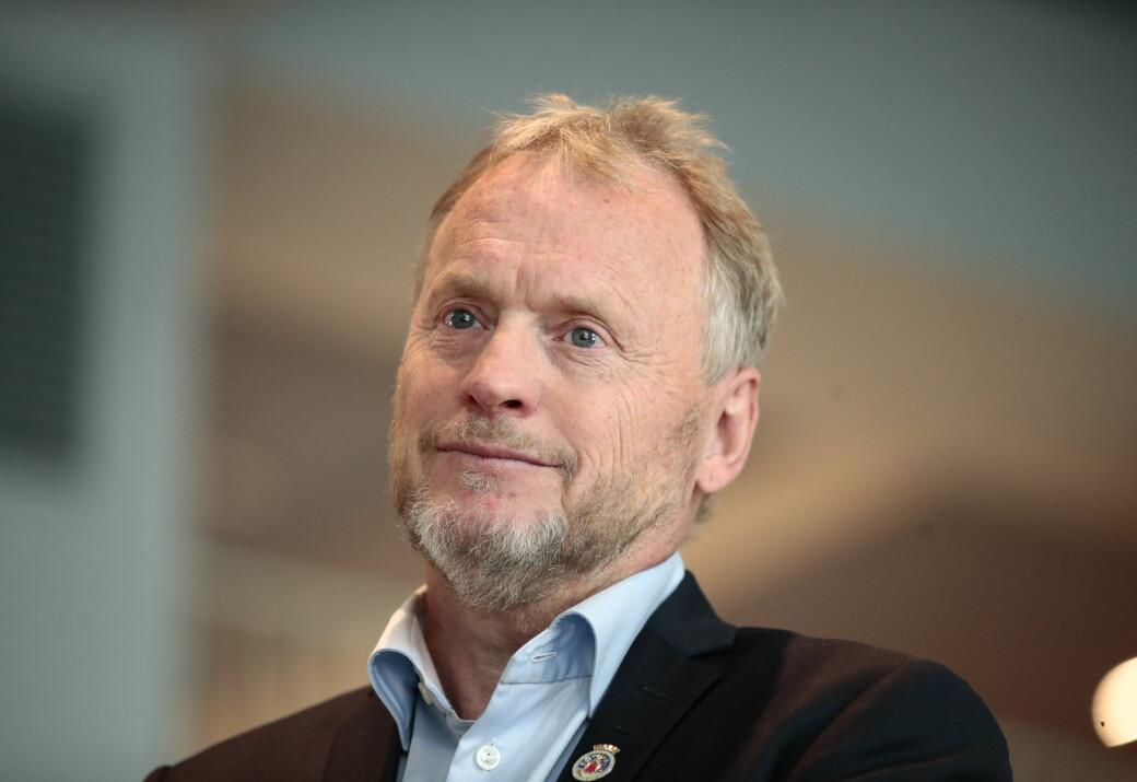Etter uker med dårlige nyheter kan byrådsleder Raymond Johansen endelig legge frem tall som viser at koronasmitten i Oslo er betydelig redusert siste uke.