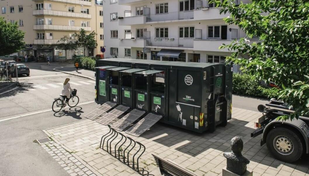 Den mobile minigjenbruksstasjonen på Tøyen.