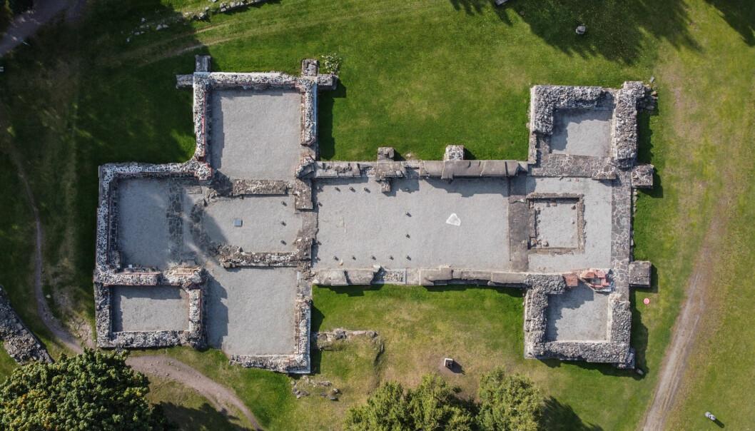 Ruiner fra middelalder-parken