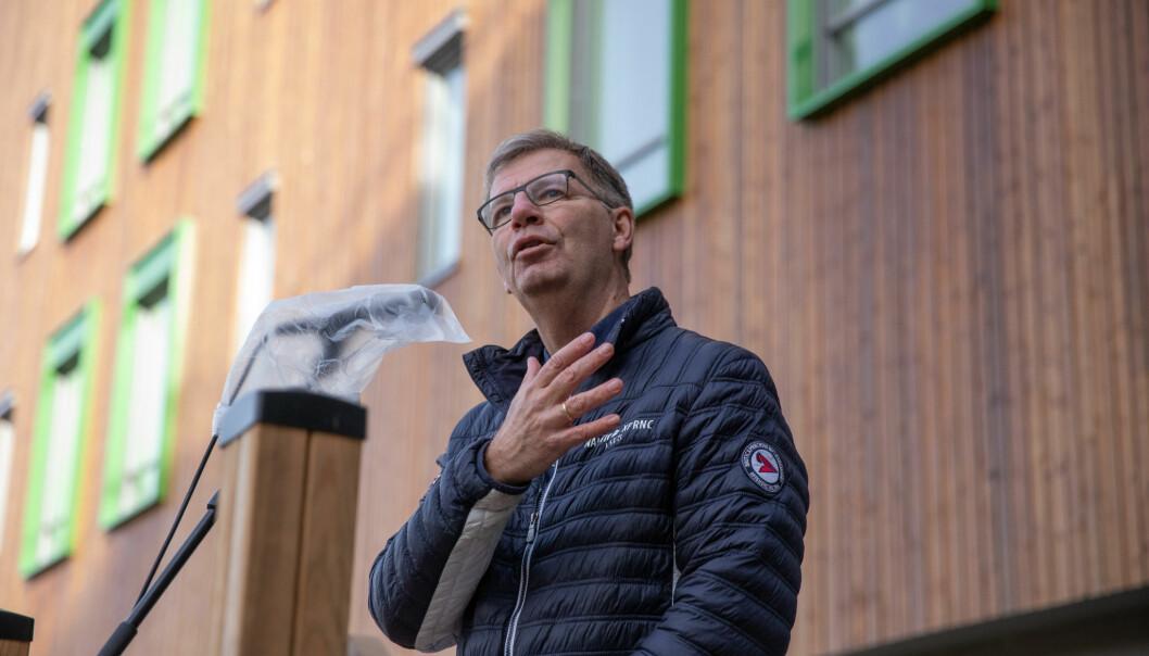 Byråd Robert Steen tok fram de store ordene da han beskrev Solfjellhøgda helsehus. Dette er en stor dag for Oslo kommune, sa han.