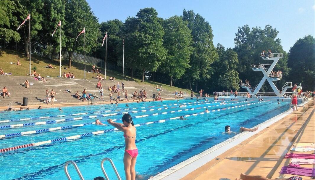 Konseptvalgsutredningen om Frognerbadet burde vært offentlig, mener både lokalpolitiker og den lokale svømmeklubben.