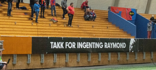 Skeidoksene sendte tydelig beskjed til Raymond Johansen under kampen mot Kvik Halden