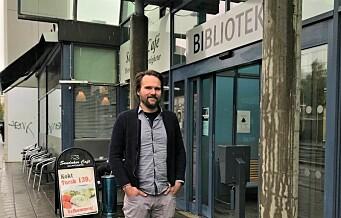 Rasistiske tilrop og urinering fra fulle gjester på nabopub: - Barn tør ikke besøke biblioteket på Sandaker