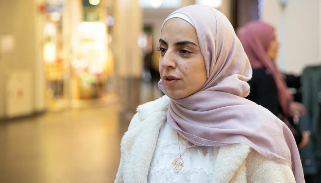 Ghiwa Al Sheikh Fattouh (23) syns det er bra at myndighetene stiller strengere krav til smittevern.