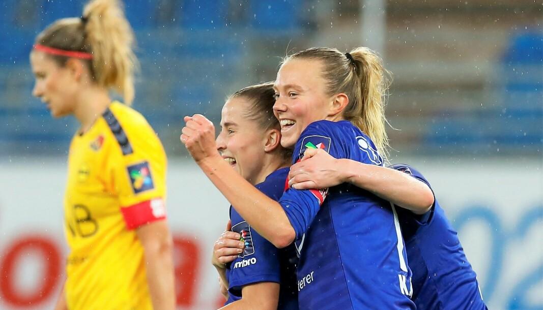 Sigrid Heien Hansen (t.v), Synne Jensen og resten av Vålerenga-laget må til Kypros for å spille Mesterliga-fotball