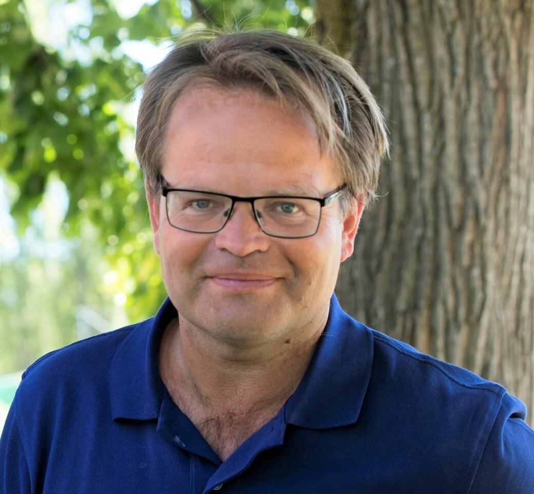 NRK-kommentator Olav Traaen har kommentert kvinnefotball i over 20 år.