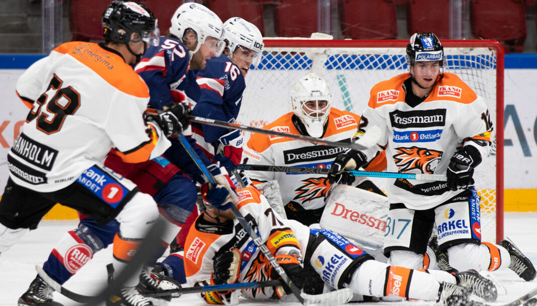 VIF var det toneangivende laget i midtperioden mot hovedutfordrer i årets liga, Frisk Asker.