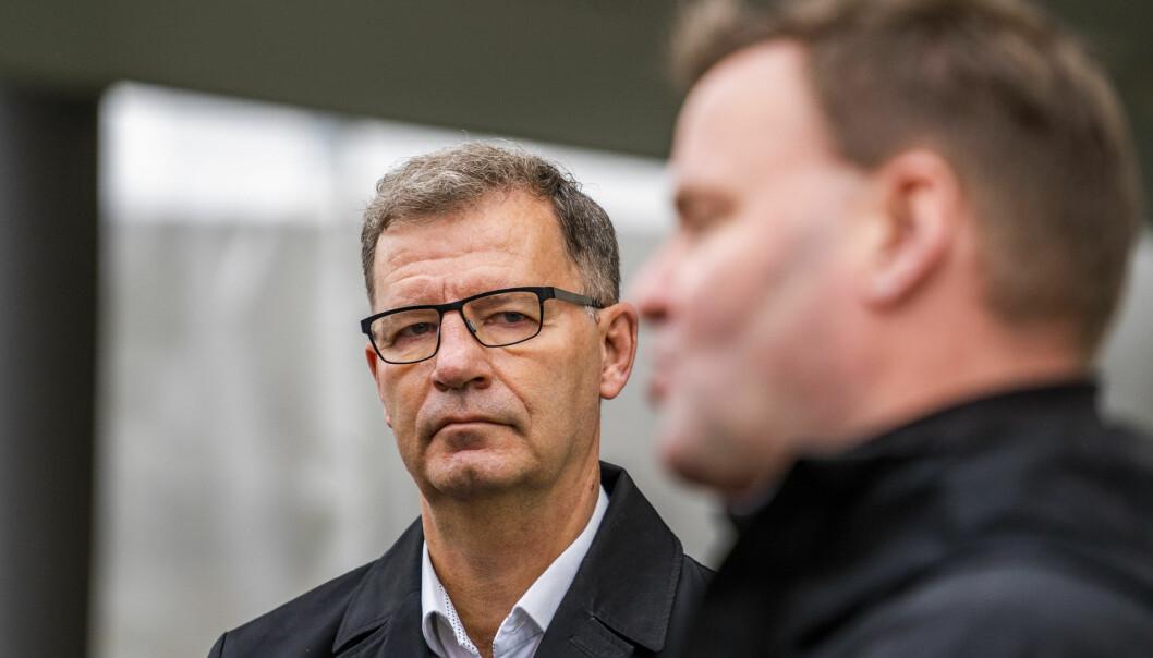 Helsebyråd Robert Steen (Ap) (t.v.) og assisterende helsedirektør Espen Rostrup Nakstad er fortsatt bekymret for høye smittetall i Oslo.