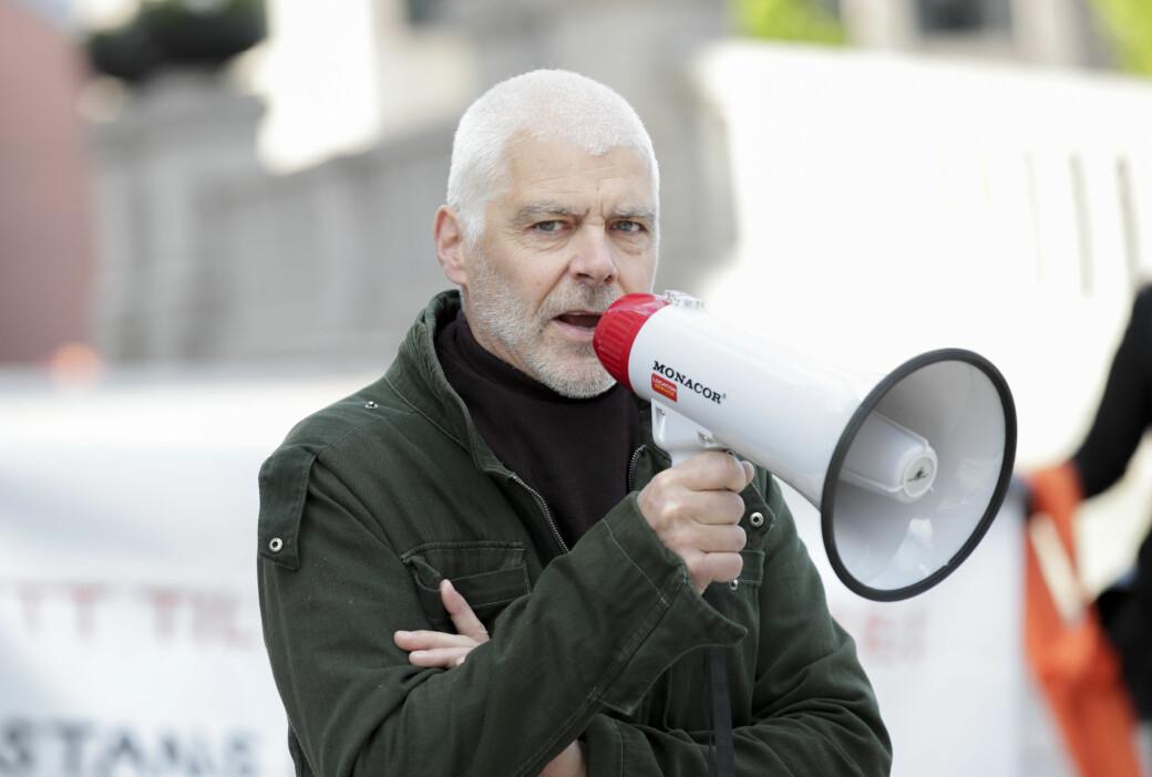 61 år gamle Petter Eide tapte kampvotering mot 26 år gamle Andreas Sjalg Unneland i Oslo SVs stortingsnominasjon.