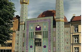 Den blå Moské i Åkebergveien 28 får sin opprinnelige, korallblå fasade tilbake