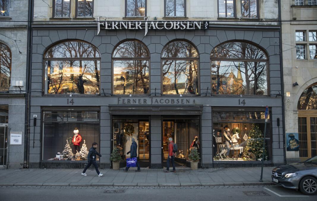 Omsetningen til Ferner Jacobsens klesbutikk i Stortingsgata har falt som følge av nedstigningen av Oslo.