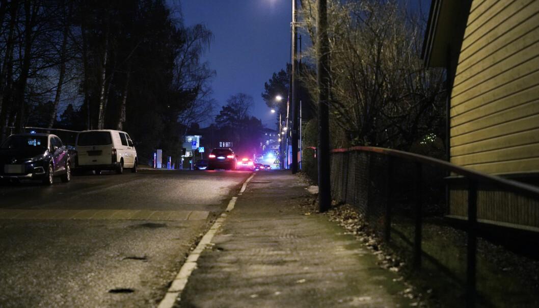 Det var her, i Lindbäckveien på Nordseter i Oslo, at en mann skal ha blitt utsatt for vold og tatt med i en bil lørdag kveld.