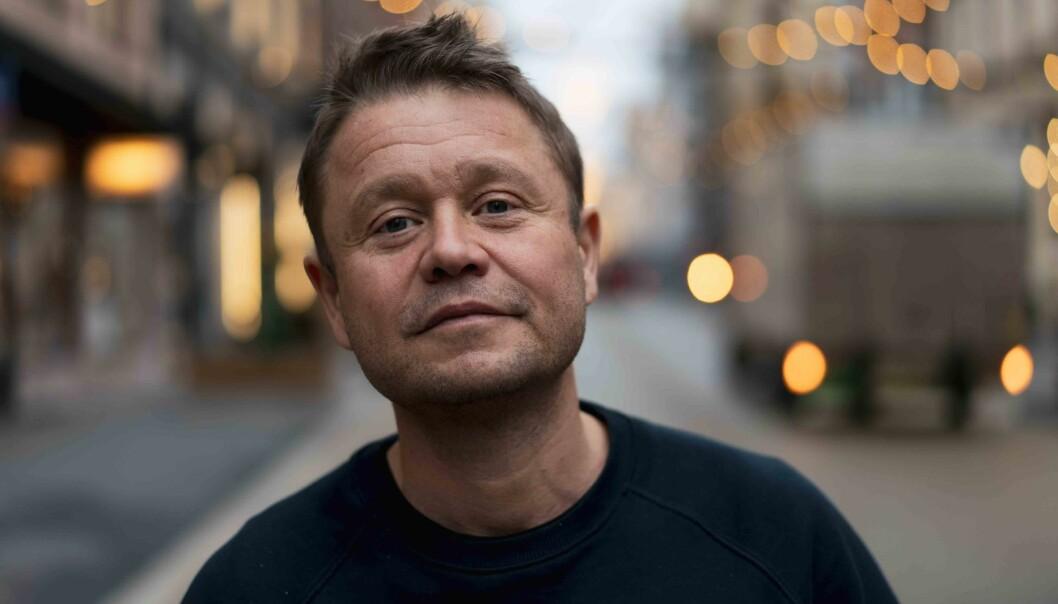 Martin Eia-Revheim forteller om den voldelige oppveksten sin og det usynlige handikappet det har gitt han.