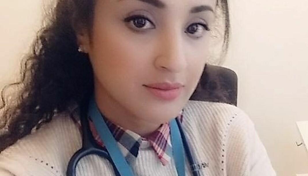 Amna Aslam forteller om sine erfaringer som lege under koronapandemien.