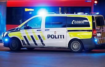 Mann på Grønland Torg forsøkte å tenne fyrverkeri ved politibil