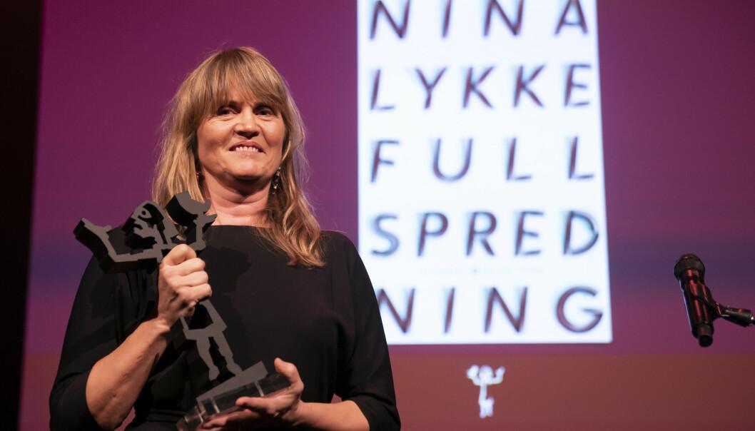 Nina Lykke vant også Brageprisen i 2019 i kategorien Skjønnlitteratur, med boka Full spredning.