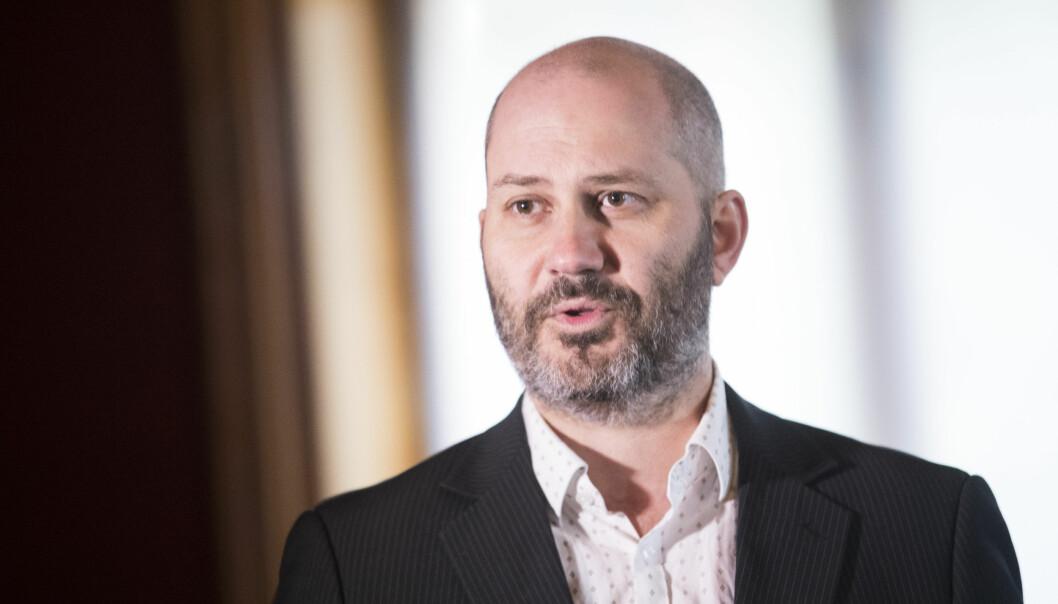 Det norske Teatrets sjef, Erik Ulfsby, mener det både kan være grunnlovsstridig og brudd på den europeiske menneskerettskonvensjon (EMK) av byrådet å ikke tillate forsamlingsfrihet.