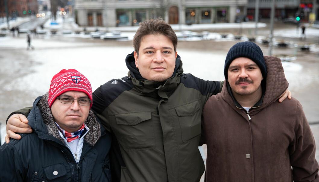 F.v. Ramon Gutierrez, Christian Garcia og Isai Espino holder sammen til tross for store økonomiske utfordringer. — Ingen av oss er lykkejegere, sier de.