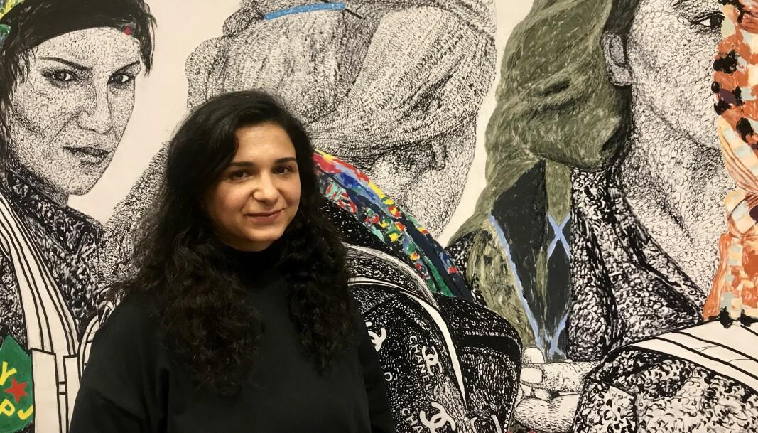 Kunstverket «Rojava: The Women's Revolution», er laget av den Oslo-bosatte kunstneren Gelawesh Waledkhani.