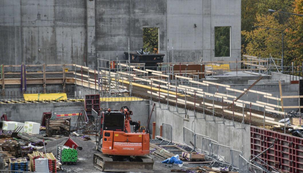 Utbygging av ny storbylegevakt er godt i gang. Bildet ble tatt i fjor høst, og i 2023 skal alt stå ferdig inne på Aker sykehusområde.