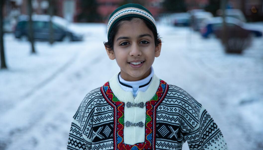 Linderudgutten Zakaria er en av de du kan treffe i den nye serien om tro og trosfrihet på NRK Super. —Jeg er en helt vanlig gutt, sier 13-åringen som brukte seks år på å lære seg Koranen utenat.